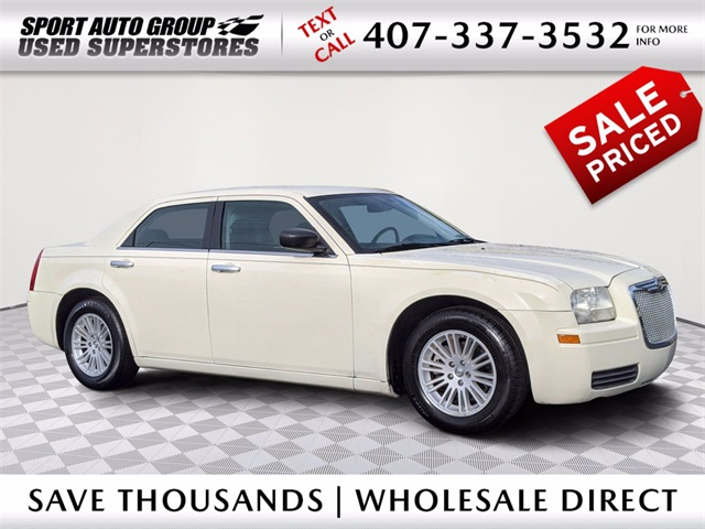 Pre-Owned 2009 Chrysler 300 LX